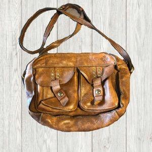 👜 Patricia Nash leather purse